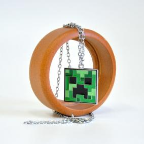 "Кулон на цепочке ""Minecraft Creeper Necklace"" цена от 225 руб"